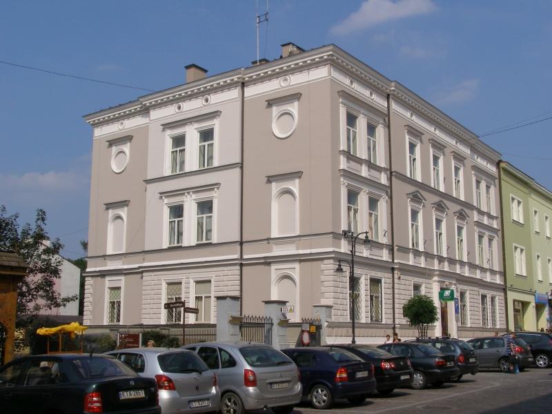 Urząd Gminy Tarnów / Andrzej Otrębski - Praca własna / Wikipedia / CC BY-SA 3.0