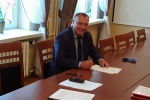 Podpisano umowę na wodociąg w Zalasowej.