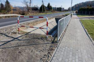 Zakończyła się budowa chodnika w Olszynach