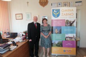 Wczorajsza wizyta Senatora RP Kazimierza Wiatra była okazją by podziękować za wspieranie naszego samorządu w działaniach inwestycyjnych